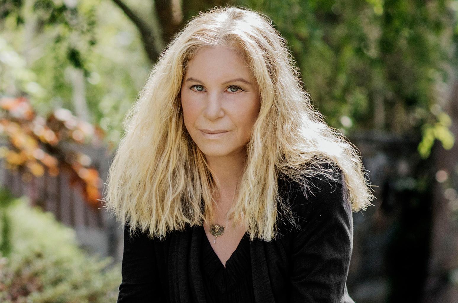 Barbra Streisand compone cancion protesta a trump