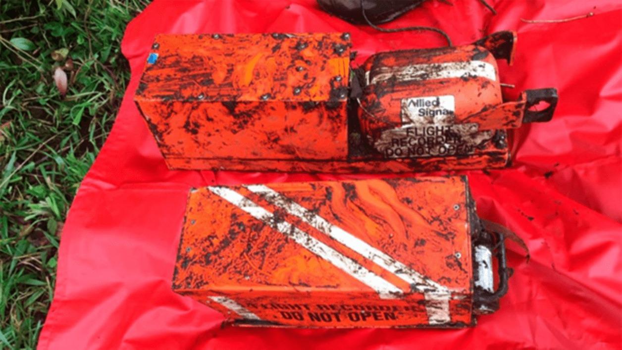 Extraen el 90 por ciento de las cajas negras del avion accidentado en cuba