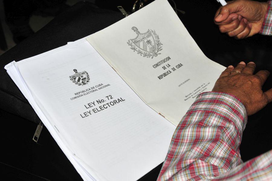 El gobierno cubano prepara una nueva ley electoral