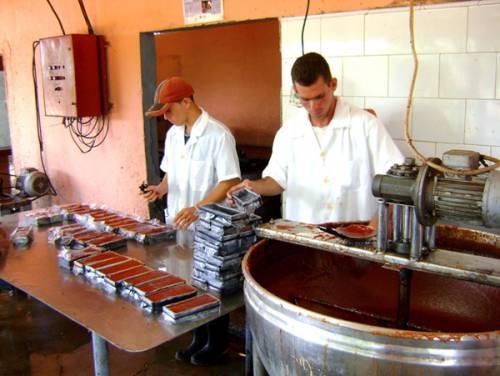 La crema de guayaba avileña es uno de los dulces más asequibles para la población