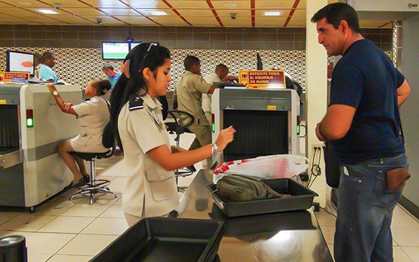 Aduana cubana hace un recordatorio sobre requisitos de importación