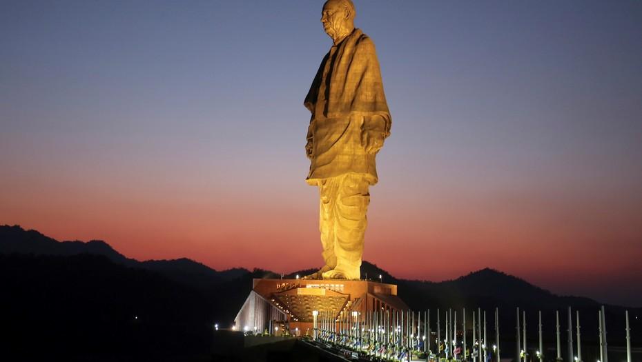 India inaugura la escultura más alta del mundo