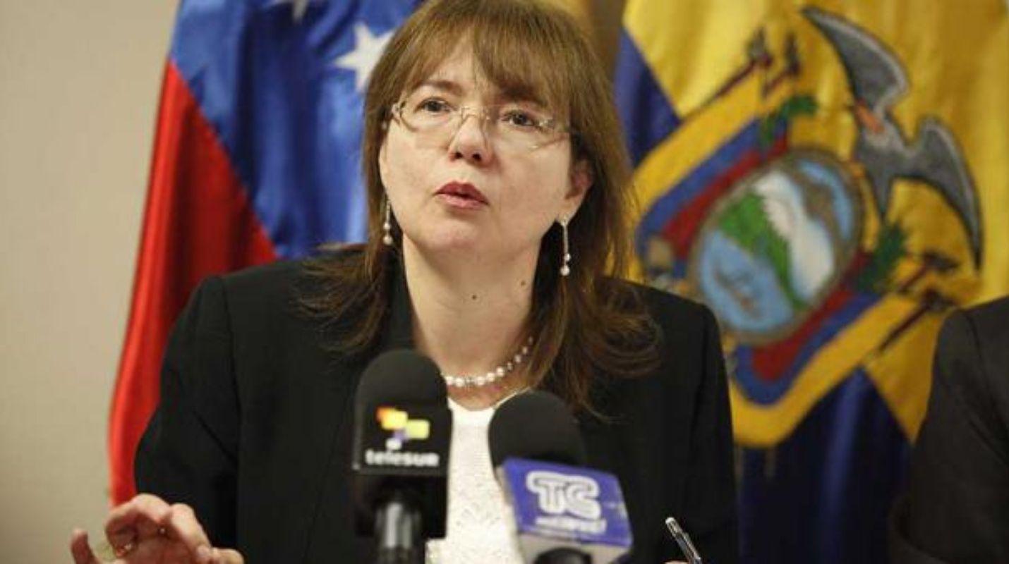 expulsada embajadora de venezuela en ecuador