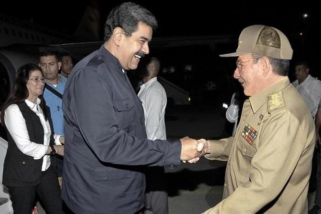 Nicolás Maduro viaja de forma relámpago a La Habana
