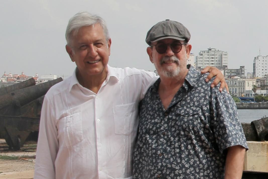 Silvio Rodriguez y AMLO durante la visita del electo presidente mexicano a la habana