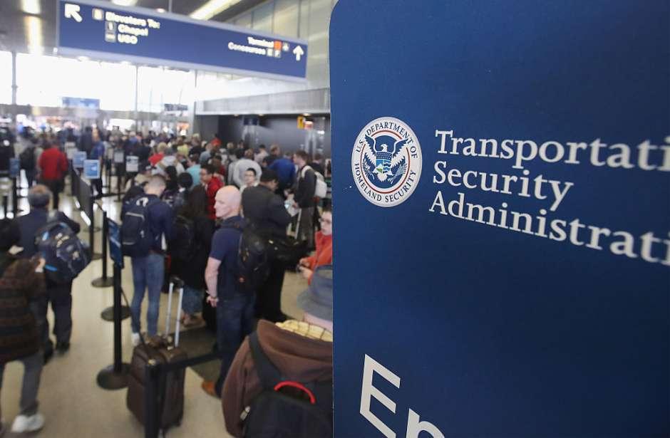 EEUU impone restricciones a la entreada de productosen polvo en equipaje de mano