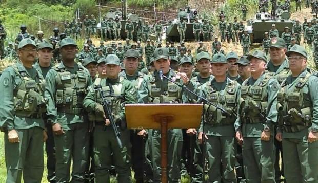 Militar venezolano llama a levantamiento armado contra Maduro