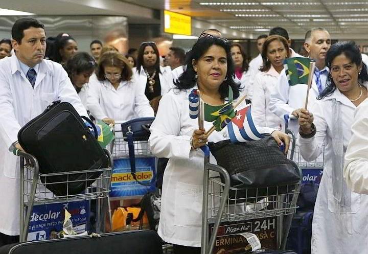 medicos cubanos en brasil no regresan
