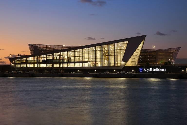 Puerto de Miami se prepara para recibir el crucero más grande del mundo