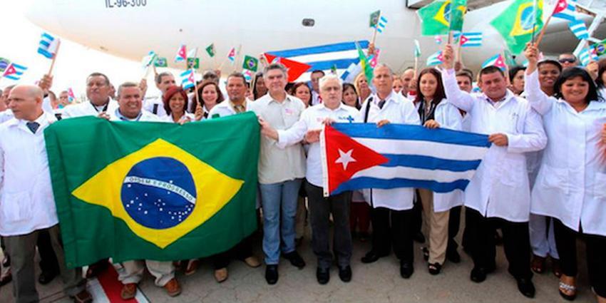 Bolsonaro habla de Cuba y sus médicos en la primera entrevista como presidente electo