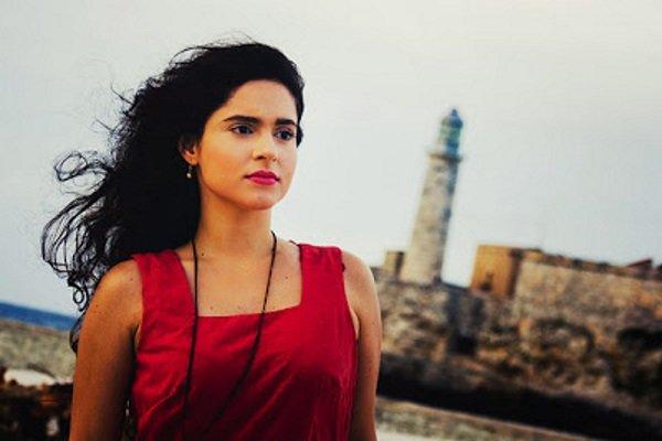 Cubanoamericana Yadira Escobar defiende la decisión de Edmundo García