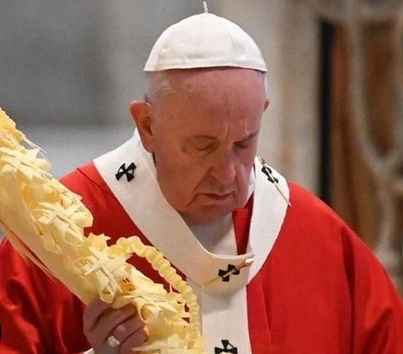 El Papa Francisco I inicia la Semana Santa con una misa sin fieles