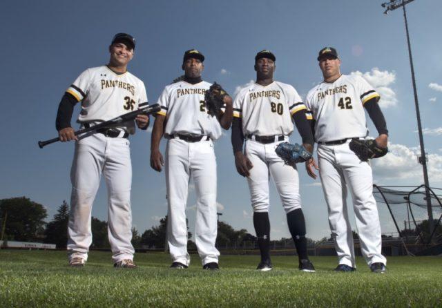 Estos-fueron-los-cuatro-cubanos-que-jugaron-el-año-pasado-con-las-Panteras.-Foto-tomada-de-TypePad.-640x446