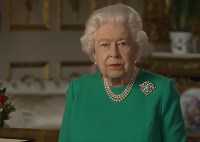 Reina Isabel II se dirige al pueblo británico ante la situación por el coronavirus