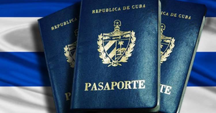 Embajada de Panamá en Cuba entrega pasaportes visados en agosto