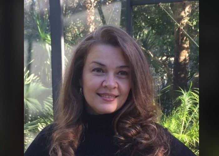 Actriz cubana Larisa Vega anuncia que es abuela de trillizos