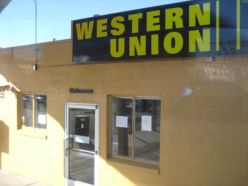 Western Union niega la entrega de remesas en dólares a Cuba
