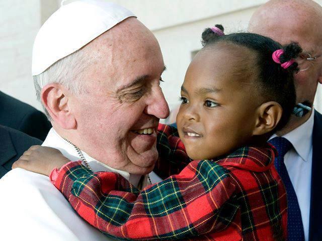 El Papa Francisco pide acceso gratuito a la vacuna contra el Covid-19
