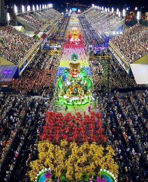 Hace semanas las escuelas de samba de la ciudad habían detenido los preparativos para le festividad en 2021
