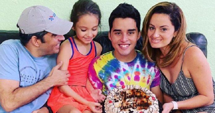 Humorista cubano Luis Silva festeja los 17 años de su hijo
