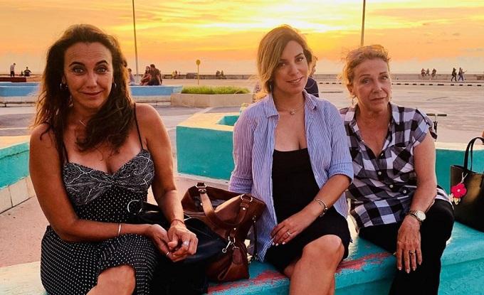 Actriz cubana María Karla Rivero Veloz está de cumpleaños