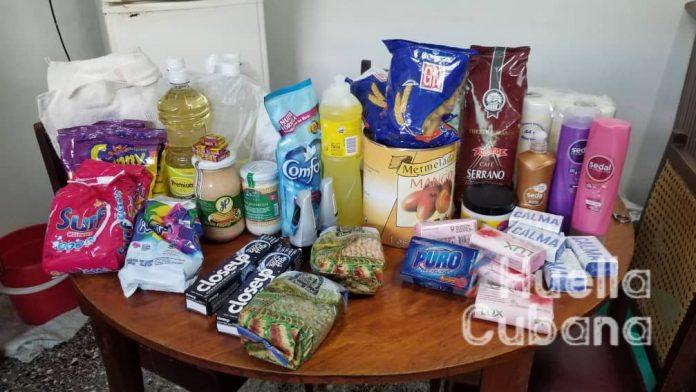 Cubanos en el exilio compran aseo y comida para sus familiares en Cuba