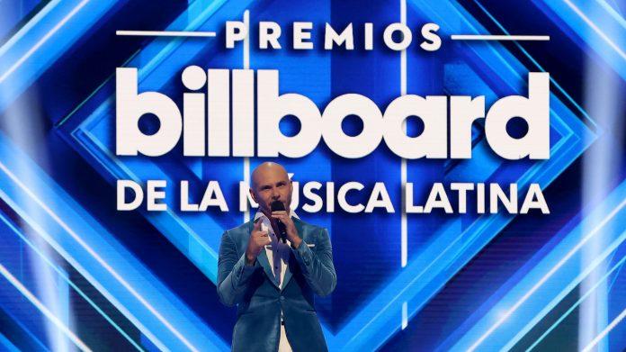 Daddy Yankee y Bad Bunny arrasan en los Latin Billboard en Miami