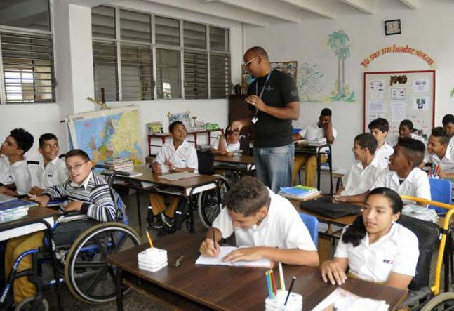 Luego de meses de paralización del curso escolar, La Habana por fin se prepara para reiniciar el próximo 2 de noviembre