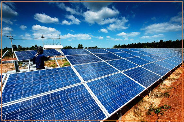 España dona a Cuba 300 paneles solares por valor de 700 mil euros