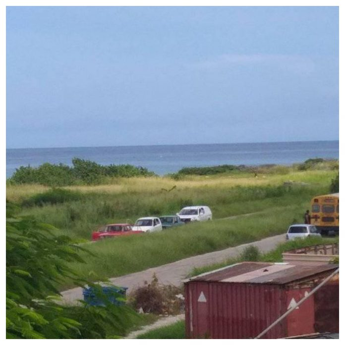 Encuentran cuerpo de una chica muerta cerca de la costa. (Foto: Shakira Zamora - Facebook)