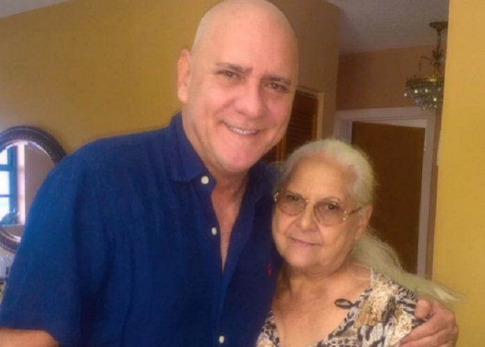 La emotiva felicitación de Carlos Otero a su querida madre