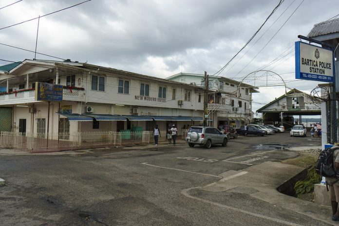 Más de cien cubanos se encuentran en absoluta indigencia en Guyana