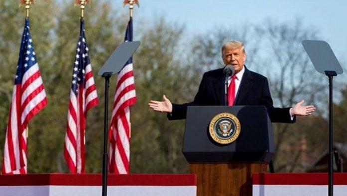 Donald Trump critica fuertemente a la Administración de Medicamentos y Alimentos (FDA)