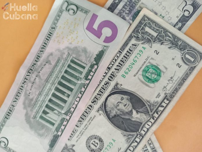 """El fin de Western Union en Cuba incrementará regreso de """"mulas"""" con efectivo"""