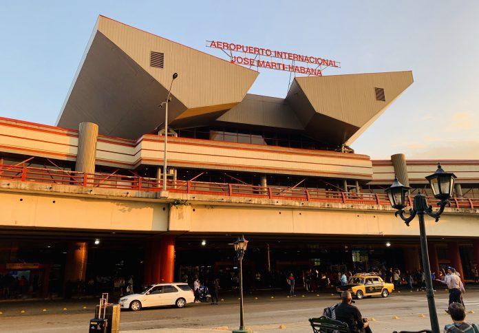Gobierno cubano anuncia que aeropuerto de La Habana se prepara para una cercana reapertura