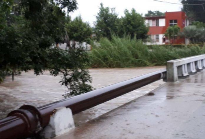Universidad Central de Las Villas amanece inundada