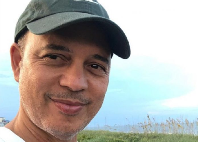 Alexis Valdés dedica poema a Cuba